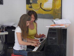 Cours de piano à Fontenay avec Ludivine à L & MUSIC